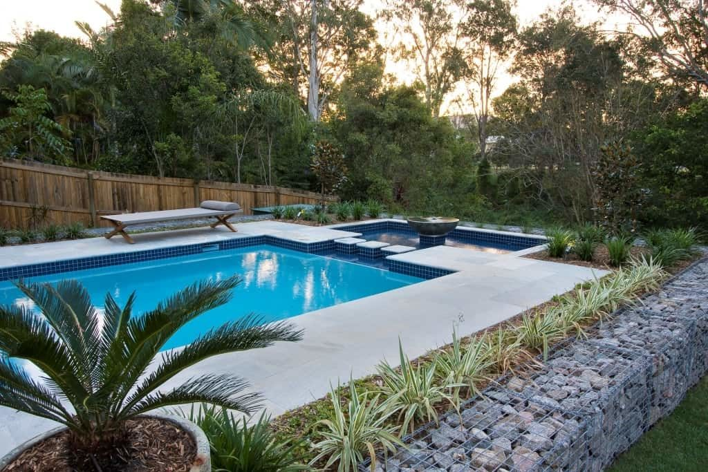 Landscape Your Pool To Perfection With These Pool Plant ...